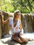 1311445601_1289064433_029_devushki-v-mokryh-maykah-51-foto.jpg