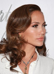Jennifer-Lopez-dressed-738918.jpg