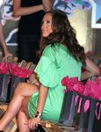 Jennifer-Lopez-dressed-780474.jpg