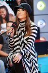 Jennifer-Lopez-dressed-801964.jpg