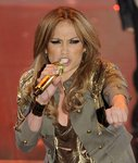 Jennifer-Lopez-dressed-1578173.jpg