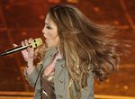 Jennifer-Lopez-dressed-1578172.jpg