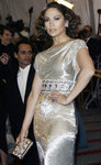 Jennifer-Lopez-dressed-706504.jpg