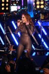 Jennifer-Lopez-dressed-1547563.jpg