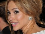 Jennifer-Lopez-dressed-1225705.jpg