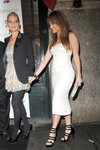 Jennifer-Lopez-dressed-1350400.jpg