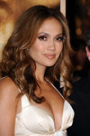 Jennifer-Lopez-sexy-cleavage-1197244.jpg