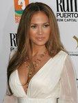 Jennifer-Lopez-sexy-738827.jpg