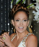 Jennifer-Lopez-dressed-1398392.jpg