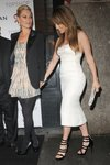 Jennifer-Lopez-dressed-1350403.jpg