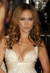 Jennifer-Lopez-sexy-cleavage-1197227.jpg
