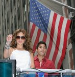 Jennifer-Lopez-dressed-706473.jpg
