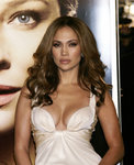 Jennifer-Lopez-sexy-cleavage-1197239.jpg