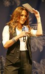 Jennifer-Lopez-dressed-764430.jpg