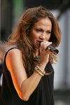 Jennifer-Lopez-dressed-801910.jpg
