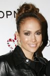 Jennifer-Lopez-dressed-1346764.jpg