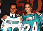 Jennifer-Lopez-dressed-1392065.jpg