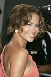 Jennifer-Lopez-dressed-738855.jpg