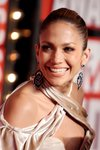 Jennifer-Lopez-dressed-1464626.jpg