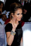 Jennifer-Lopez-dressed-1505031.jpg
