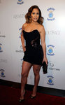 Jennifer-Lopez-dressed-1557813.jpg