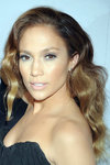 Jennifer-Lopez-dressed-1557859.jpg
