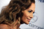 Jennifer-Lopez-dressed-1557857.jpg