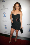 Jennifer-Lopez-dressed-1557863.jpg