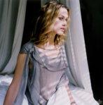 001_women_keira_knightley_boudoir_www.huy.com.ua.jpg